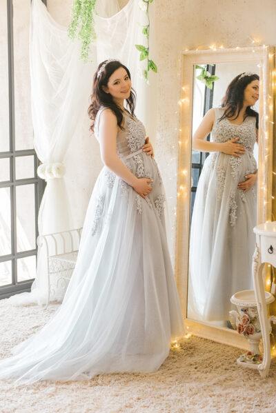 שמלה לצילומי הריון להשכרה