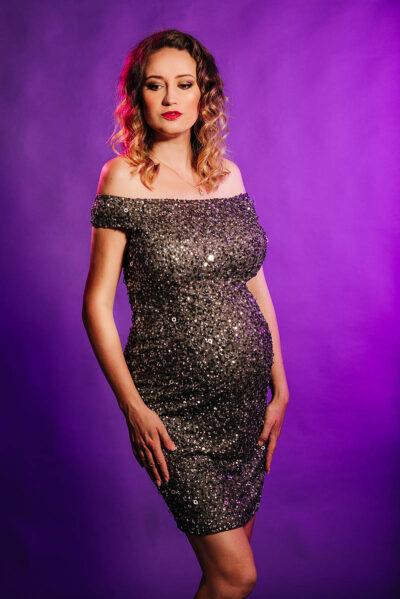 שמלות הריון מעצבים להשכרה
